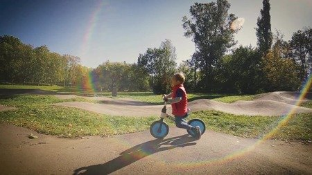 Rowerek biegowy trójkołowy XTRIKE RUN